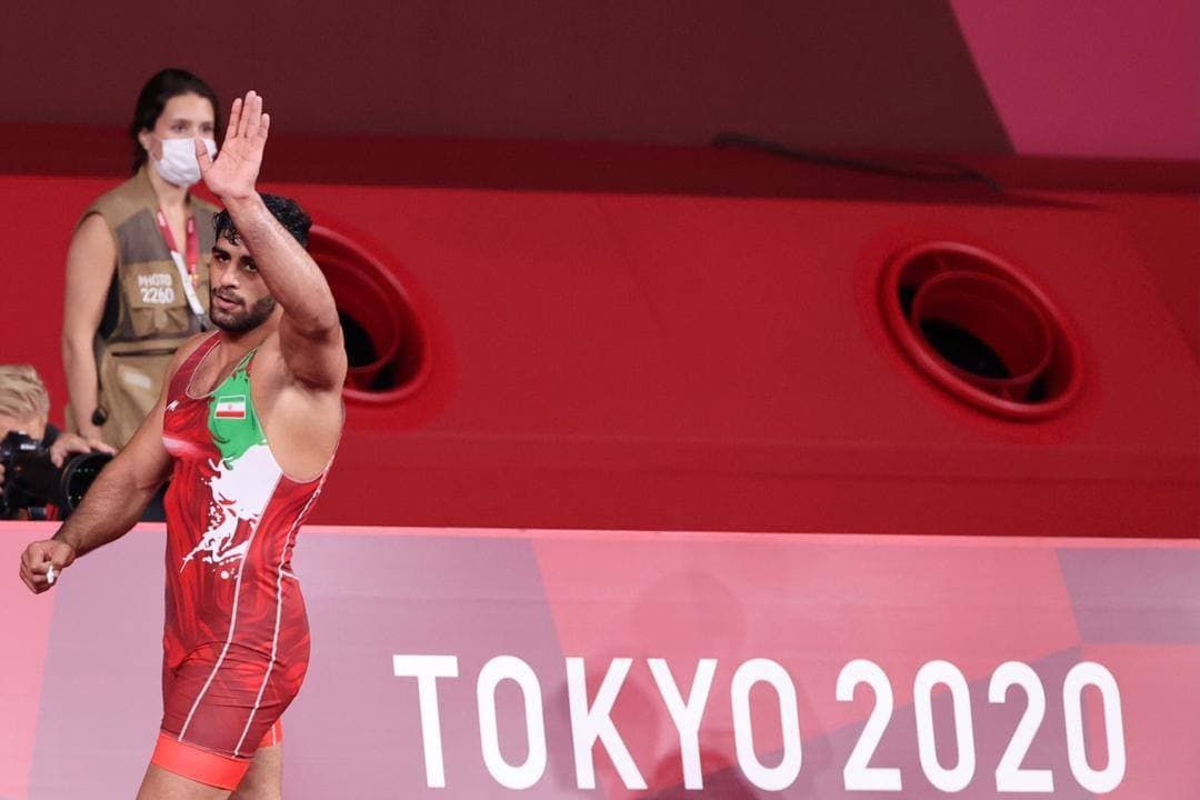 المپیک توکیو   برنز ساروی، چراغ اول کاروان کشتی
