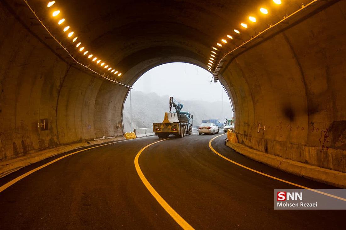 خادمی: 70 درصد مسیر منطقه 2 آزادراه تهران - شمال را تونل تشکیل میدهد / دیگر مسافران گرفتار برف و کولاک نمیشوند