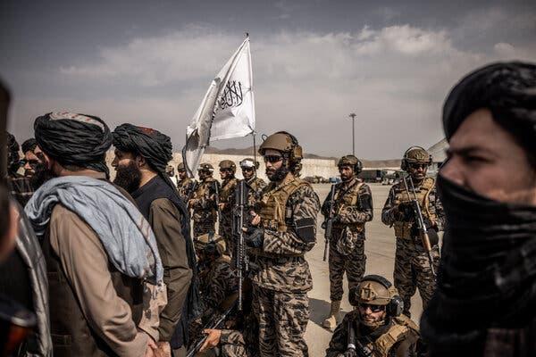 نگاه متفاوت دانشجویان افغانستانی مقیم ایران به آینده کشورشان / از لزوم تعامل سیاسی با طالبان تا تشکیل حکومت ائتلافی