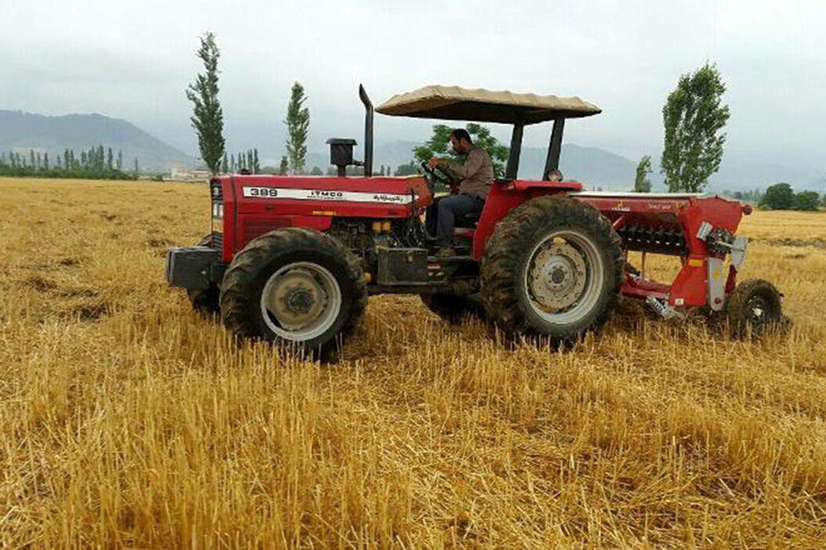 تزریق سهمیه سوخت تراکتور و کمباینها در کارت سوخت کشاورزان