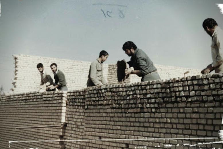 تصویری از نخستین اردوهای جهادی بسیج